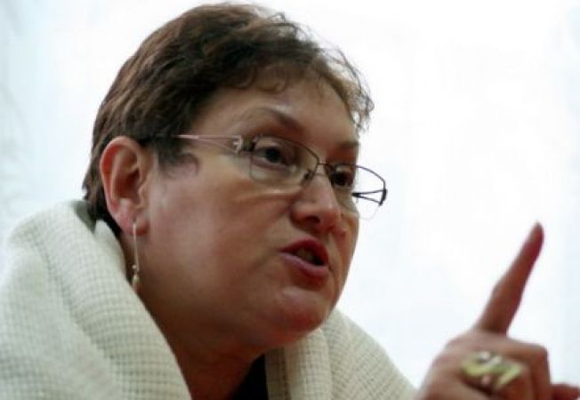 Renate Weber cere Marii Britanii sa inceteze campania impotriva restrictionarii romanilor in piata m