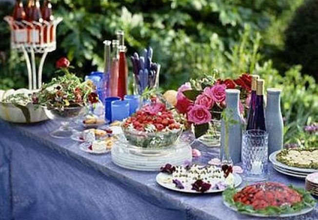 4 idei pentru organizarea unei petreceri de primavara in gradina