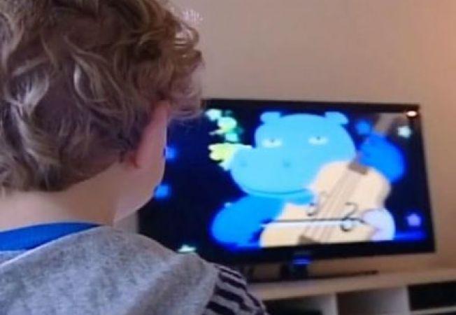 Programele TV de calitate contribuie la dezvoltarea intelectuala a copiilor