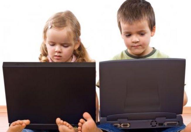Invata-ti copilul sa foloseasca internetul in siguranta