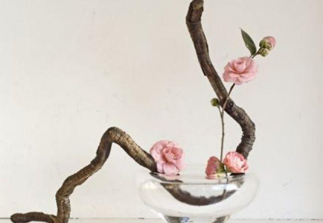 Aranjamente florale minimaliste, pentru un design elegant