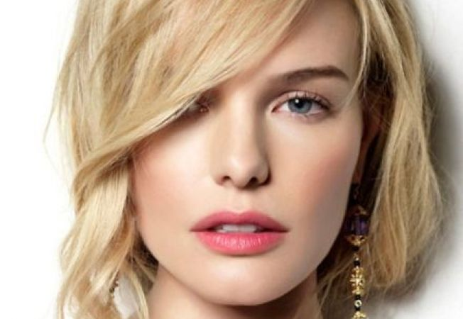 Fii seducatoare de Ziua Femeii: 3 machiaje romantice pentru 8 martie