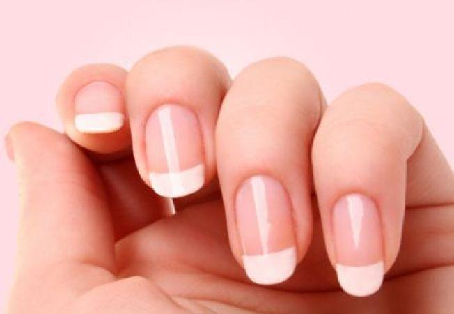 5 trucuri pentru a evita riscurile unei manichiuri incorecte