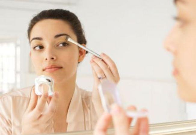 4 ponturi istete de makeup pentru a iesi excelent in poze