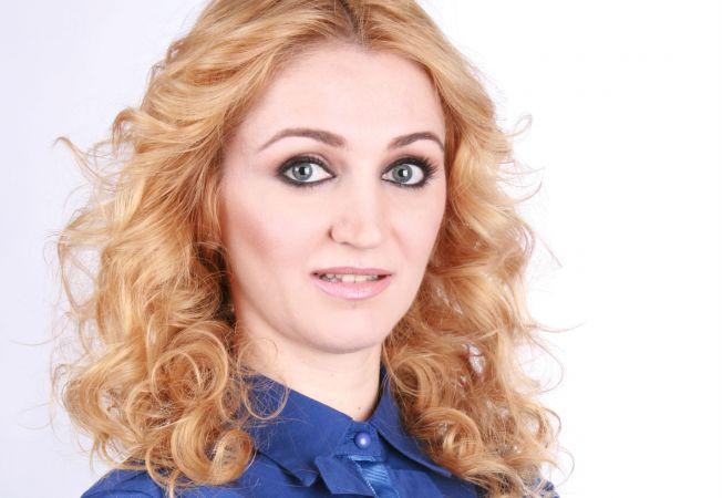 Expertul Acasa.ro, hair stylist-ul Felicia Novac