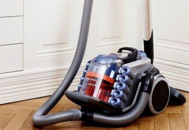 6 tipuri de aspiratoare, perfecte pentru curatenia casei