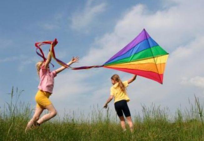 5 activitati distractive pe care sa le faci cu copilul in vara aceasta