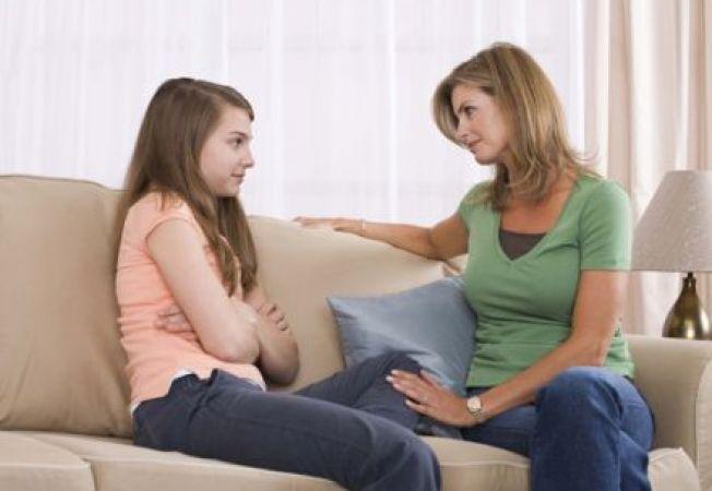 Fiicele incep sa-si aprecieze mamele abia la 23 de ani