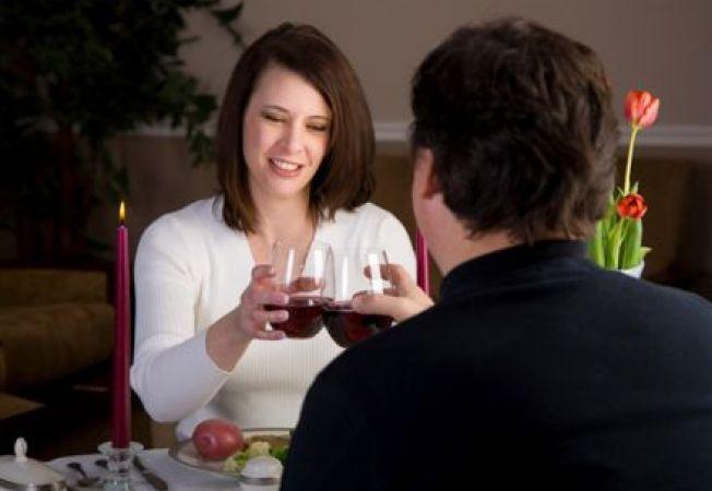Cum sa ai o intalnire romantica acasa