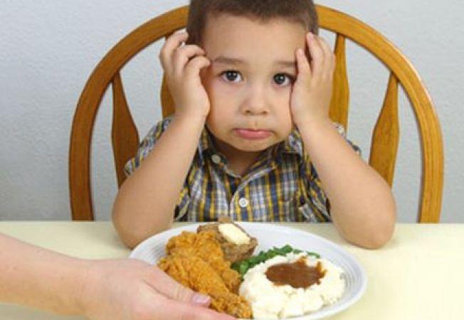 Cum sa faci un copil mofturos sa manance sanatos