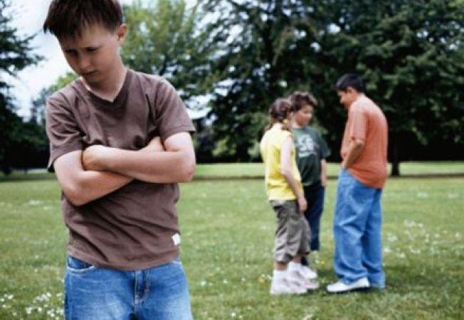 4 feluri prin care iti intaresti psihic copilul sa faca fata batausilor