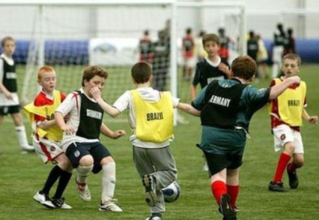 Sportul si siguranta copiilor: 4 trucuri pentru a preintampina accidentarile grave