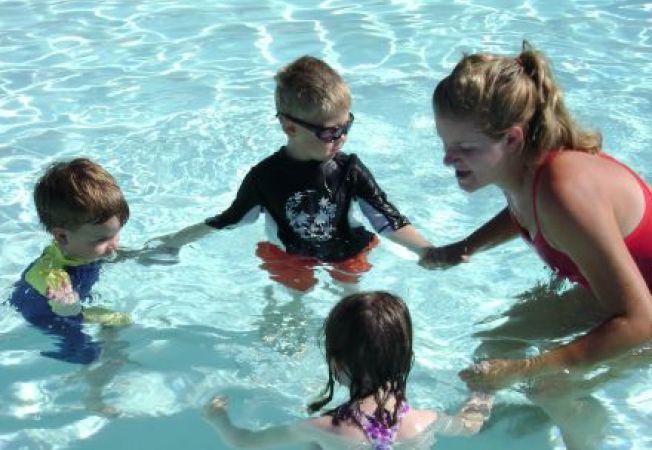 Cum iti inveti copilul sa nu ii fie frica de apa