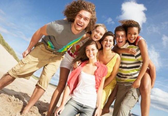 Adolescentii care se expun des la soare sunt mai sanatosi