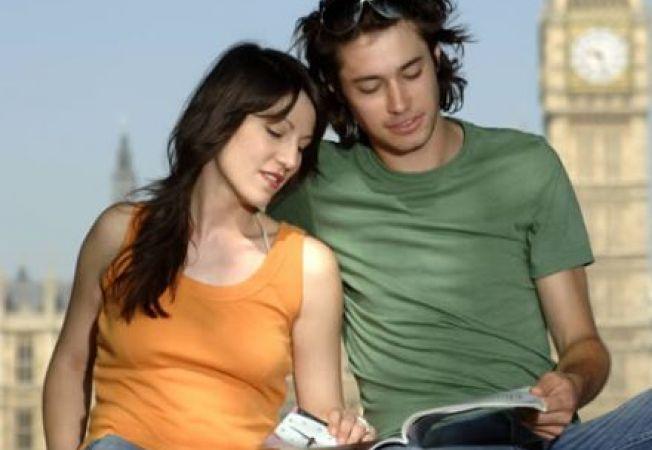 Esti indragostita de un barbat de alta nationalitate? 3 moduri sa faci fata relatiei