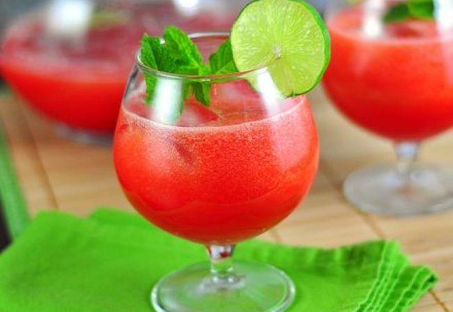 Limonada racoritoare de pepene verde