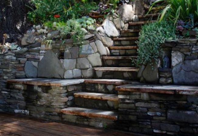 Idei pentru amenajarea scarilor in gradina