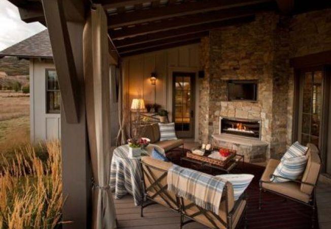 Living exterior pentru zilele relaxante de vara