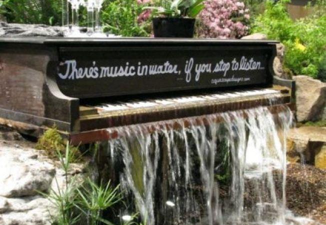 4 idei pentru utilizarea pianului in amenajarea gradinii