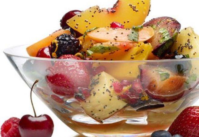 Salata de fructe sanatoasa cu mac