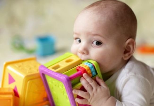 Cum sa dezinfectezi jucariile copilului