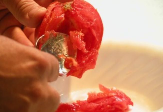 Cum sa pastrezi ani la randul semintele de rosii
