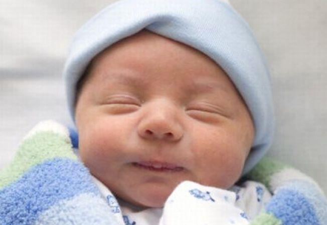 Nou-nascutii isi amintesc cuvinte auzite pe cand se aflau in uter