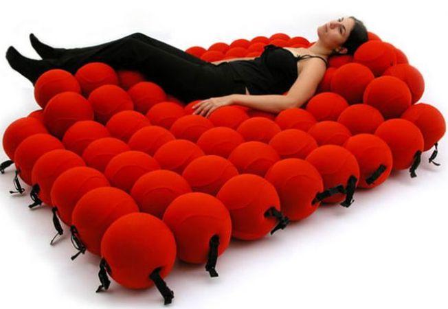 """5 modele de canapele inedite pentru un living """"altfel"""""""