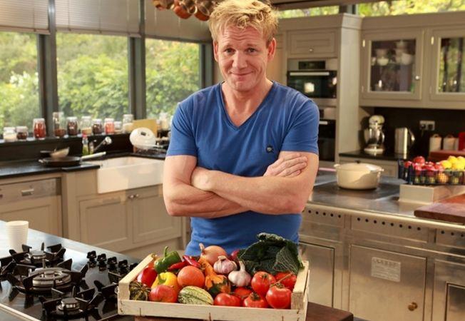Bucatari celebri - Gordon Ramsay - Salata picanta cu vita perfecta, pentru un inceput de saptamana i