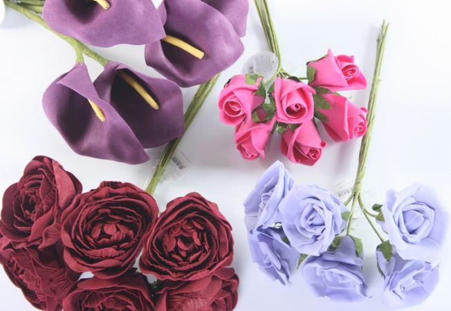 Florile artificiale, o solutie practica pentru aranjamente superbe