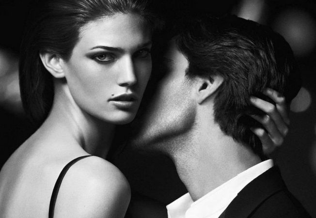 5 mirosuri cu efect afrodizic care ii stimuleaza pe barbati
