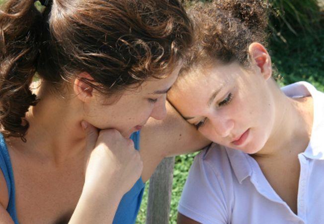 Adevarul din spatele miturilor sinuciderii la adolescenti