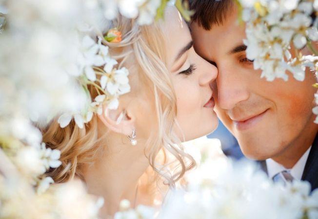 Horoscopul nuntii: Alege luna perfecta in functie de zodia care o guverneaza!