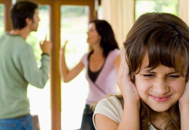 Cum sa ai o discutie in contradictoriu cu partenerul in fata copilului