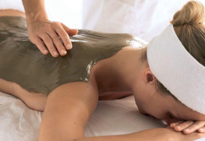 Secretul pielii frumoase: tratamentele corporale de detoxifiere cu argila. Incearca-le si tu!