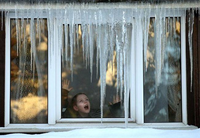 6 solutii la indemana pentru a pastra casa calduroasa pe timpul iernii