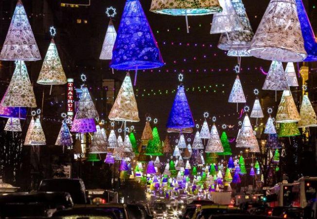 Astazi se aprind primele luminite de Sarbatori in Bucuresti