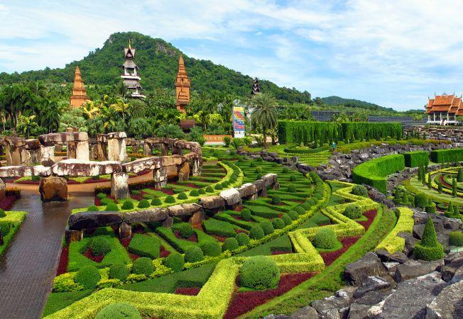 Gradina Suan Nong Nooch din Thailanda, un loc salbatic si plin de exotism