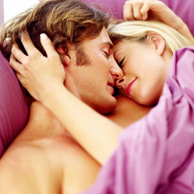 Violetul ajuta la imbunatatirea vietii sexuale. Iata si alte trucuri care iti vor stimula libidoul
