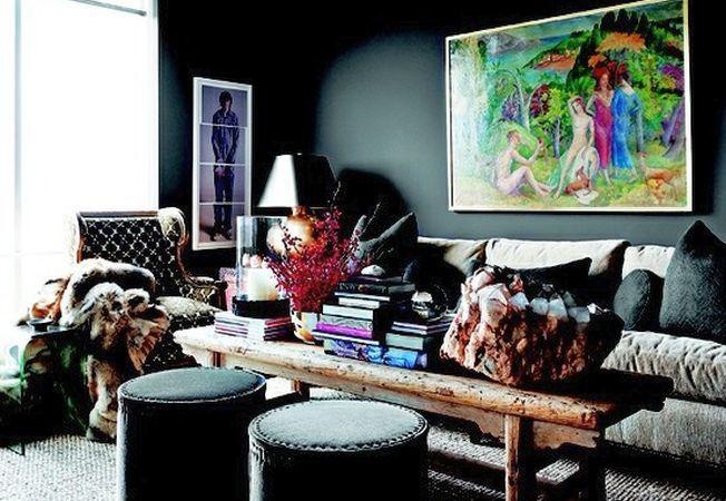Decorul in nuante inchise, emblematic pentru casele elegante