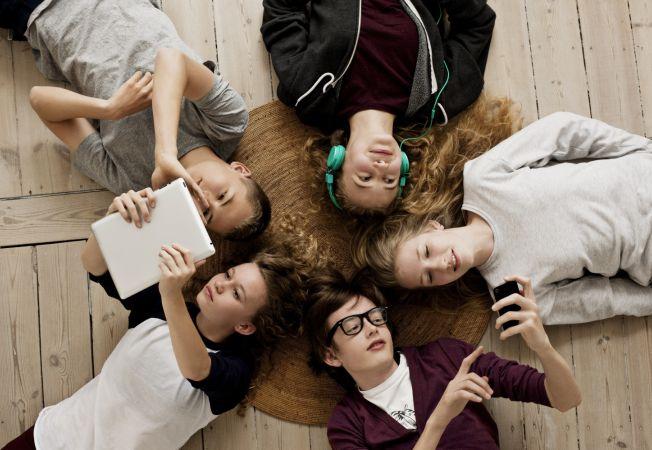 5 mituri despre adolescenti si tehnologie pe care parintii ar trebui sa le ignore