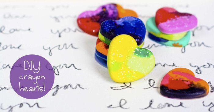 Cum sa faci creioane colorate in forma de inima pentru Ziua Indragostitilor