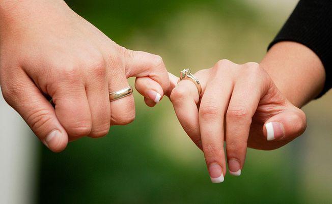 Aplicatia care iti dezvaluie pana la ce varsta te mai poti casatori