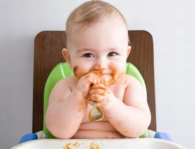 Ai un bebelus pofticios? Afla la ce boala grava este predispus!