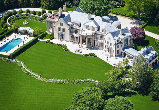Case de lux: un imobil de acum un secol, complet renovat si estimat la 70 de milioane de dolari