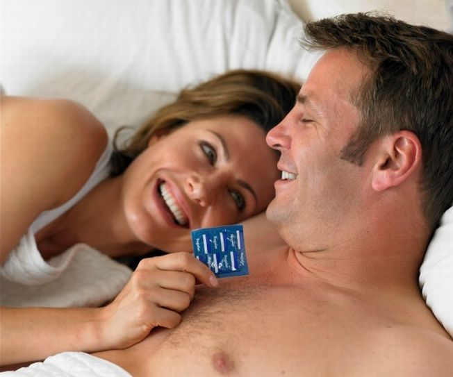S-a inventat prezervativul care stimuleaza placerea sexuala