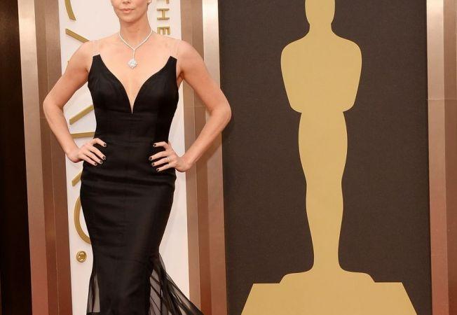 OSCAR 2014: Cele mai frumoase rochii purtate de vedete pe covorul rosu