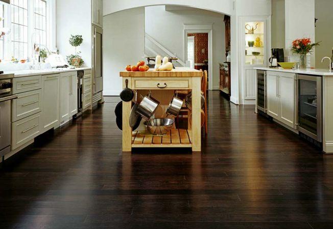 Parchetul din bambus, perfect pentru o podea solida si stilata
