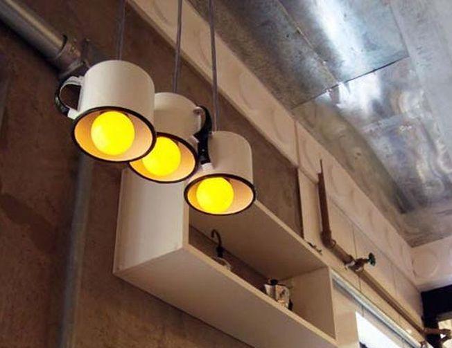 Cum sa transformi vechile ustensile de bucatarie in lampi inedite