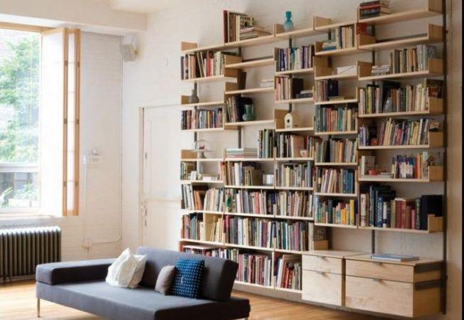 Organizeaza-ti istet biblioteca: iata ce variante neasteptate iti ofera locuinta!